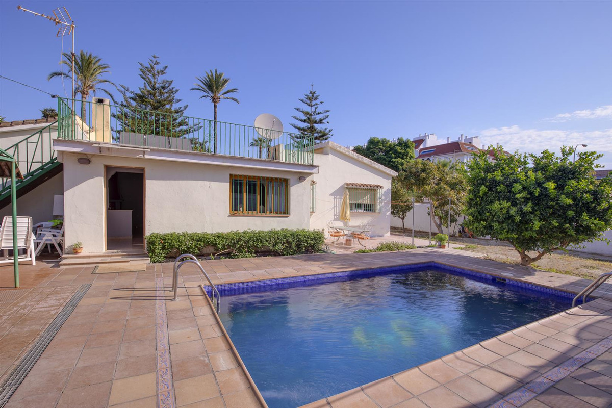 New to the market: located between San Pedro de Alcantara and Guadalmina, in a beautiful residential, Spain