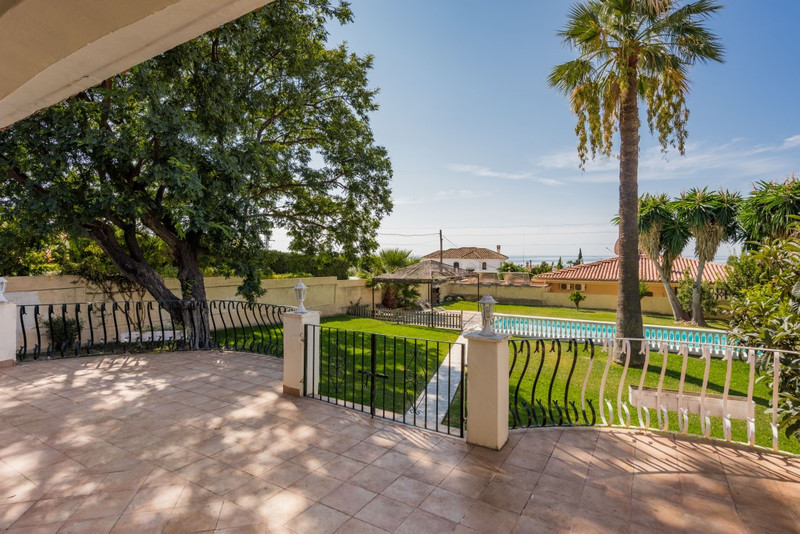 Villa – Chalet en venta en Marbella – R3210784