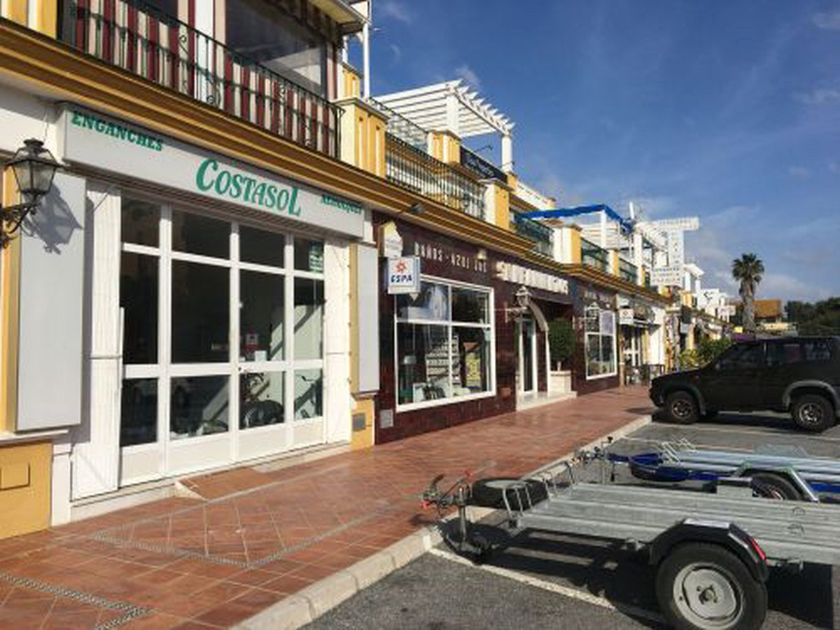 2 bedroom commercial for sale estepona