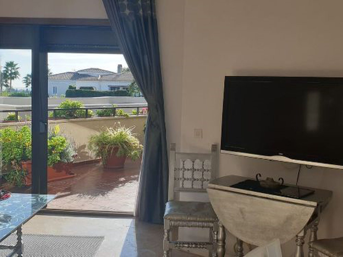 1 Bedroom Ground Floor Apartment For Sale Estepona