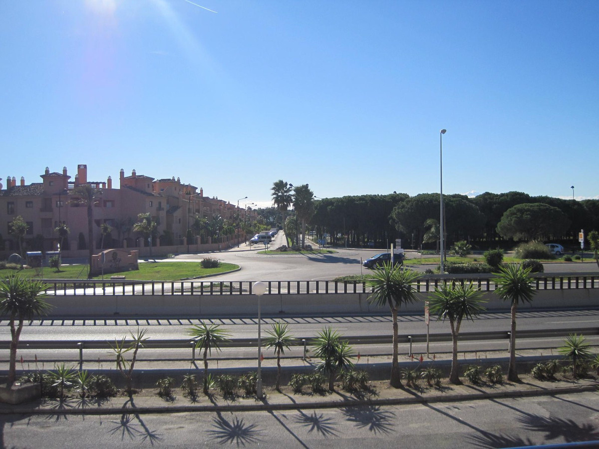 Great and bright place in the Diana Park area, located in the Athena Shopping Center, is on the firs, Spain