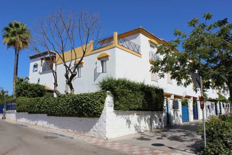 SPECTACULAR TOWNHOUSE NEXT TO SAN PEDRO DE ALCANTARA  This property was originally built for the pro, Spain