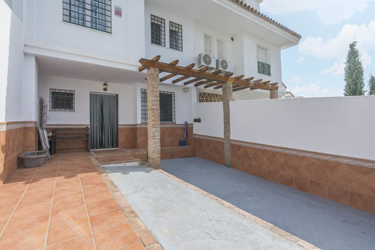 Townhouse, Benalmadena, Costa del Sol. 3 Bedrooms, 2 Bathrooms, Built 113 m², Terrace 43 m², Garden/,Spain