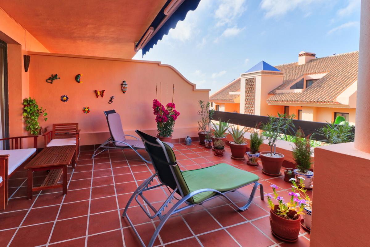 Marbella Banus Apartamento en Venta en Calahonda – R3266299