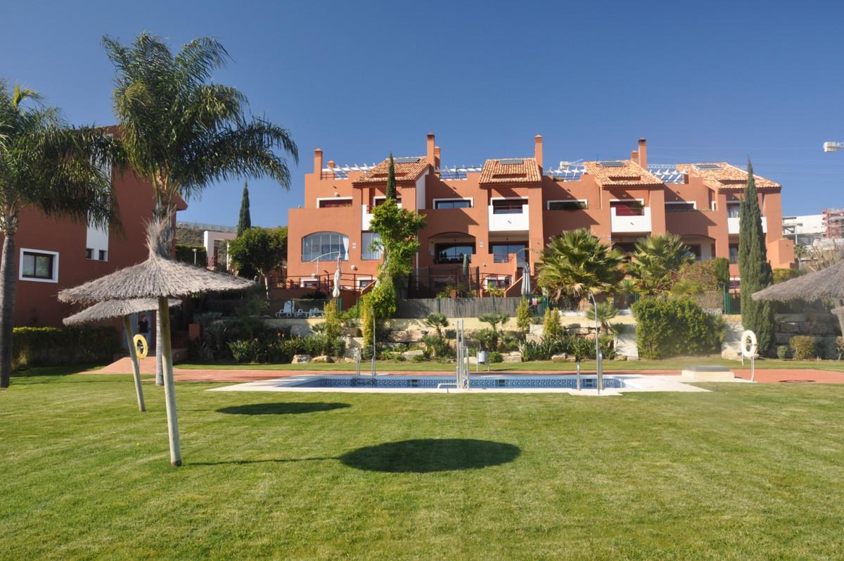 Marbella Banus Adosado en Venta en Benahavís – R3785128