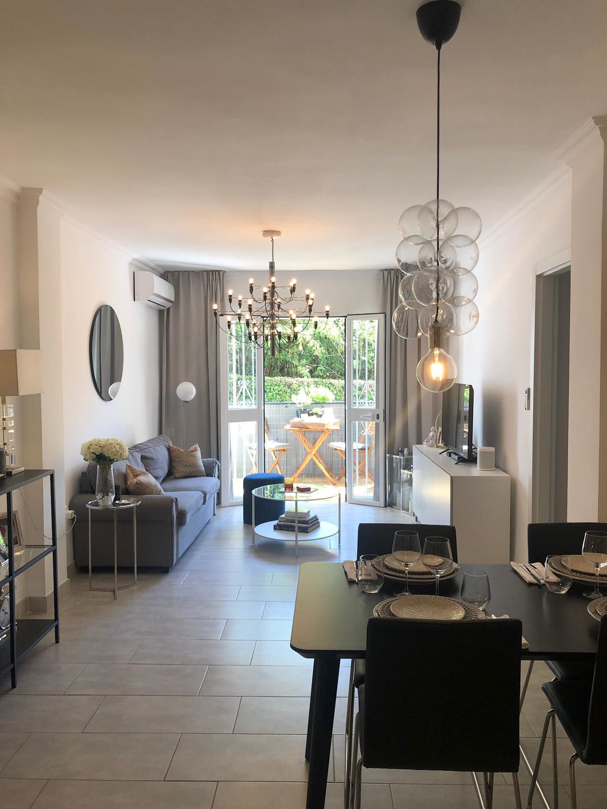 Beautiful 2 line beach ground floor apartment located 1 minute walking distance from the Maracas Bea,Spain