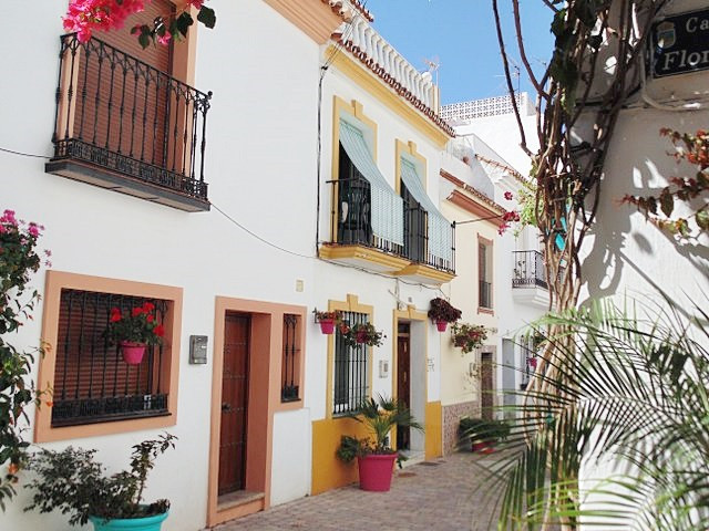 Ref:R2864513 Townhouse - Terraced For Sale in Estepona