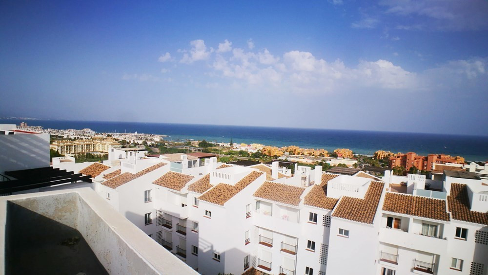 Ref:R3070882 Apartment - Penthouse For Sale in Manilva