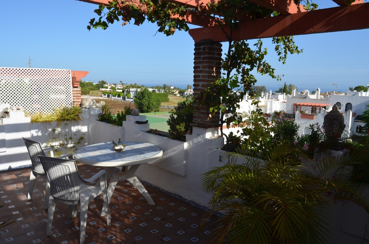 Ref:R3043865 Townhouse - Terraced For Sale in Bel Air