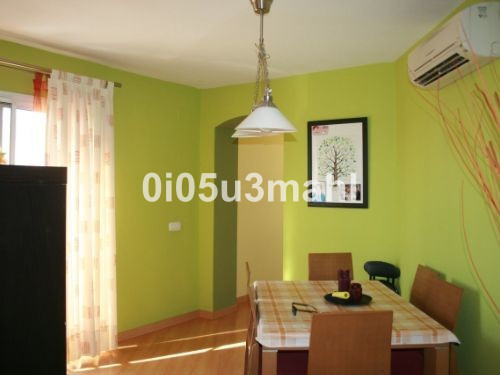 Apartment in Alhaurín de la Torre R3594820 10