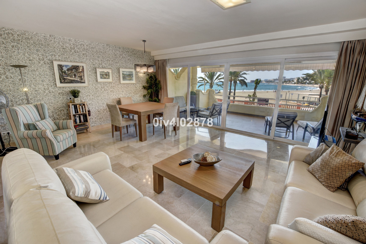 Superb opportunity for a 2 bedroom  apartment located in one of the best buildings within Puertomari,Spain