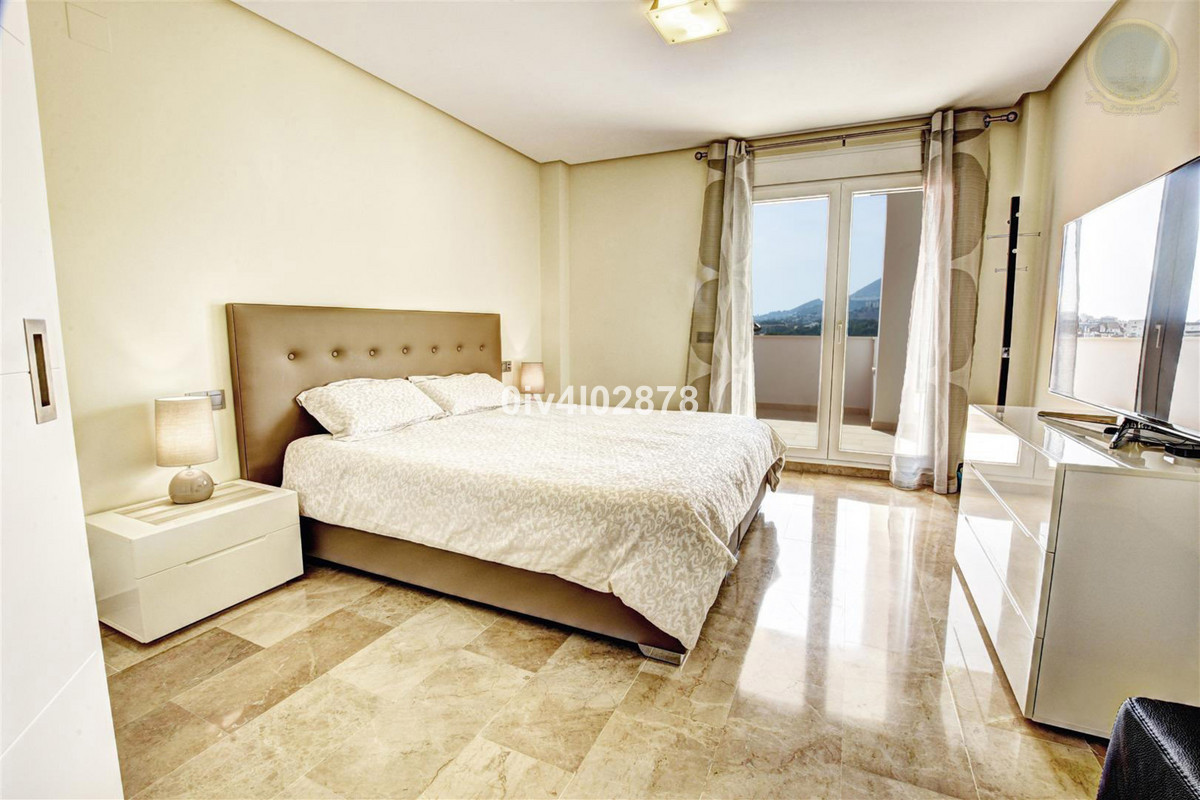 Apartment Middle Floor Torrequebrada Málaga Costa del Sol R2997965 6