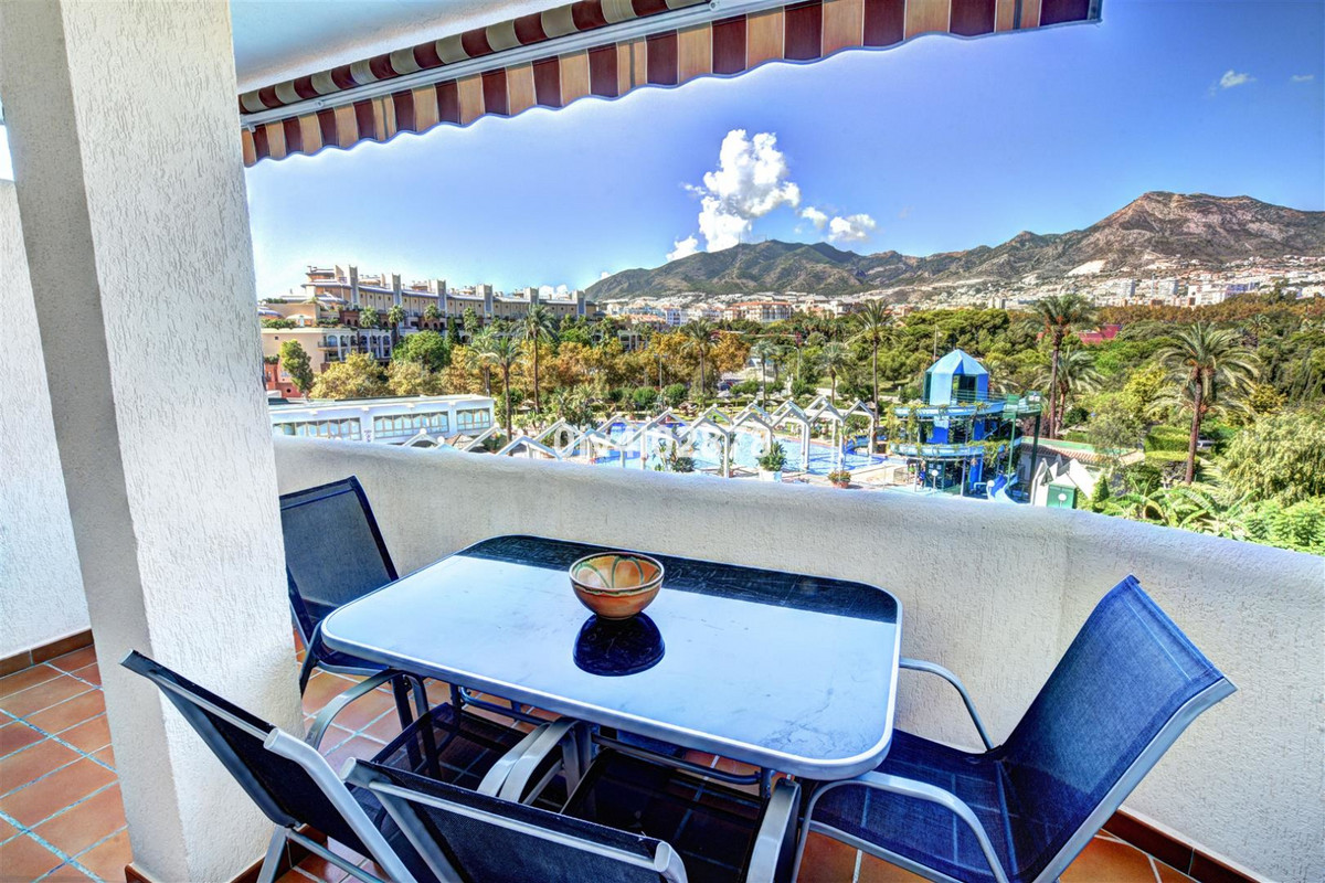 *****RESERVED******Fabulous holiday apartment for sale in Benalmadena Costa, located in the very pop, Spain