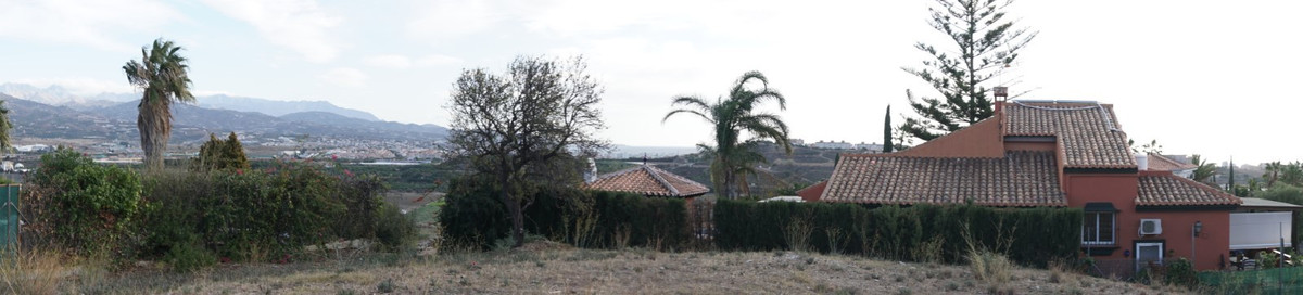 Nice building plot in a quiet urbanization just 5 minutes from the coast and Torre del Mar. The plot,Spain