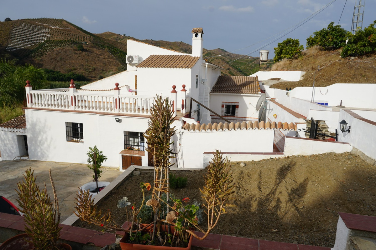 Sale, Semi-detached house, Triana, Malaga, Andalusia Triana - el corazon de la Axarquia, the heart o, Spain
