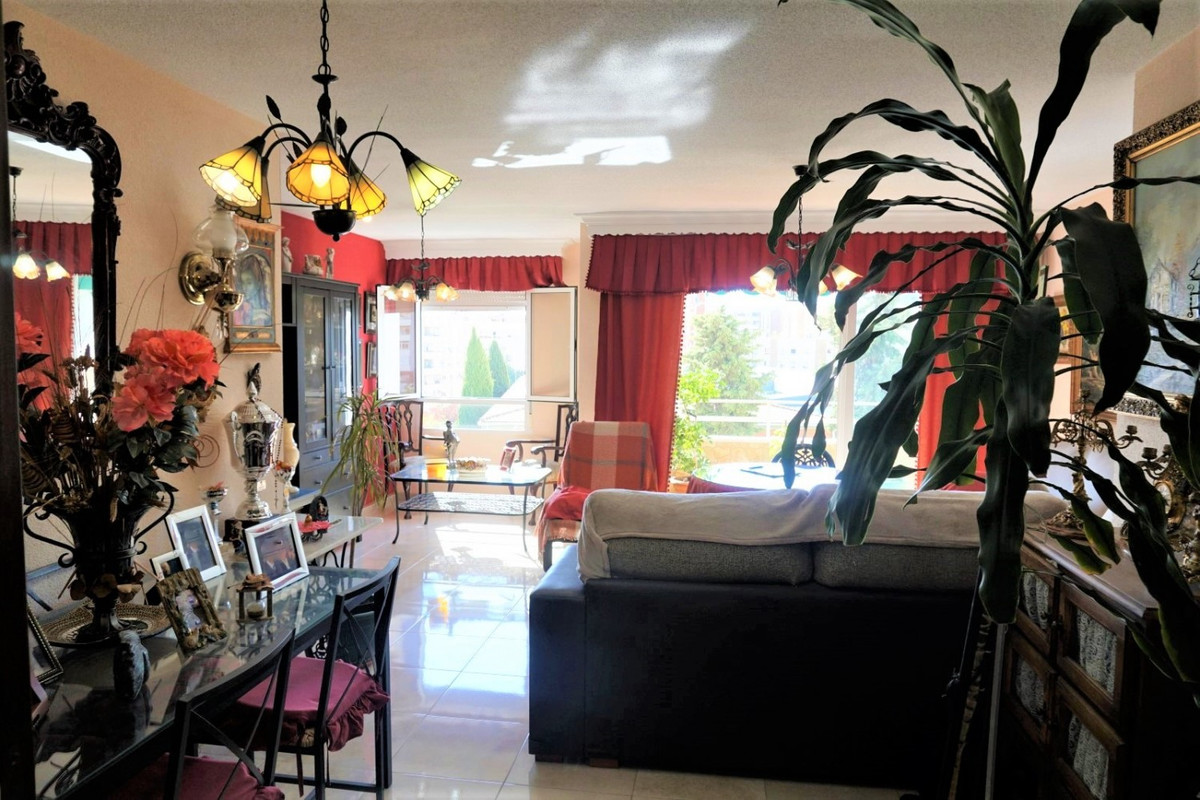 Fantastic middle floor apartment, in one of the best areas of Malaga city, with wide view and withou,Spain