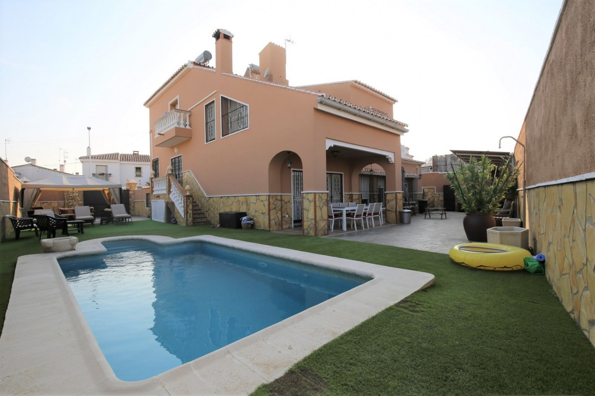 Sale, Chalet, Velez-Malaga, Malaga, Andalucia  Fantastic independent house in a very quiet area of V, Spain
