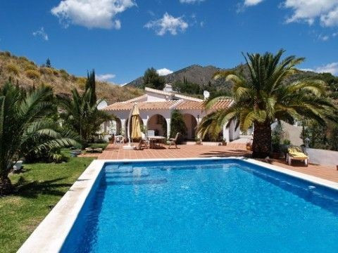 marvellous villa with spectacular panoramic views, partly furnished, central heating with gas tank 2, Spain