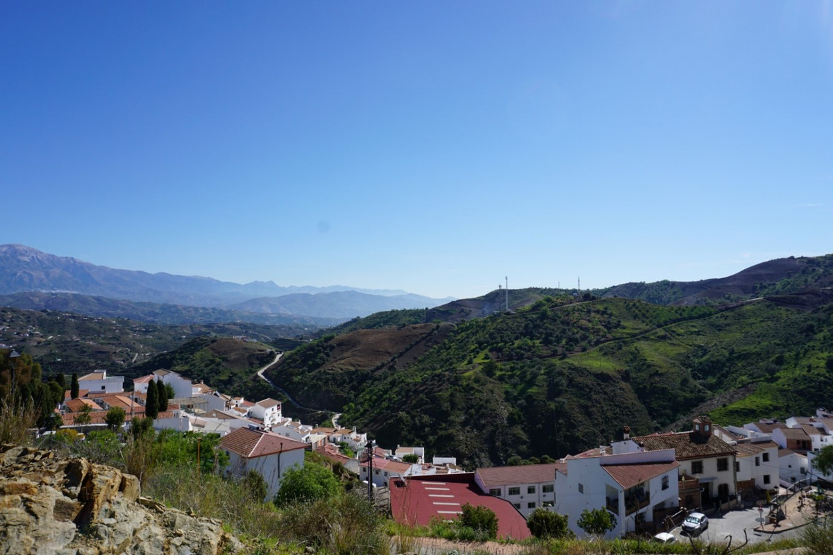 Almachar is a white town in the interior of the province of Malaga. It is known for its Ajoblanco fe,Spain