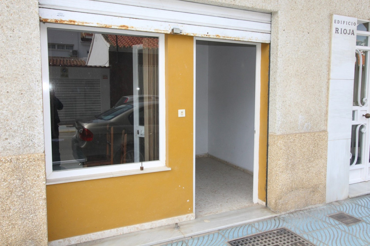 Fantastic local in the Centre of Torre del Mar. Local is 110 m2 and next to the street, there can no,Spain