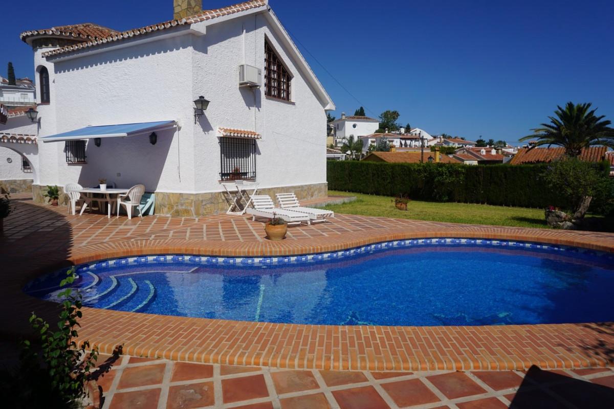 Detached Villa in Caleta de Vélez