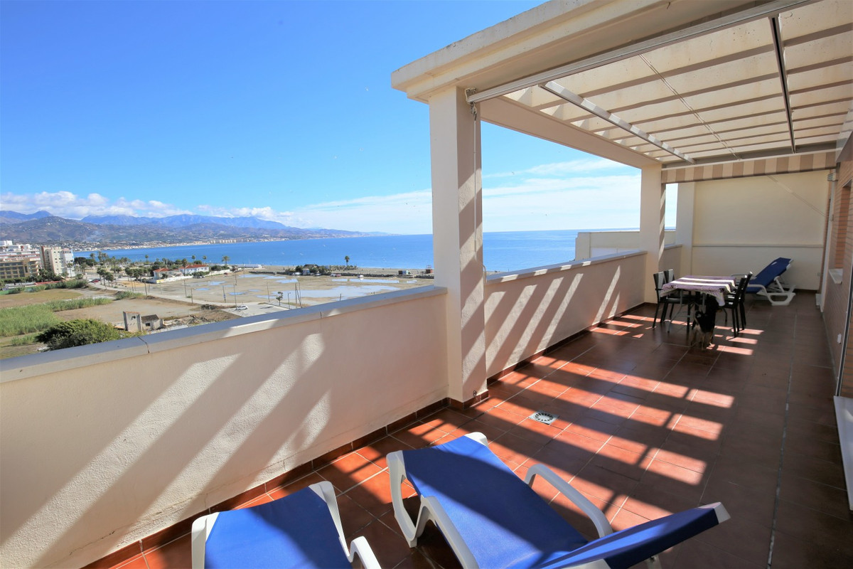 Sale, Penthouse flat, Torre del Mar, Malaga, Andalucia This unusual penthouse is located in Torre de,Spain