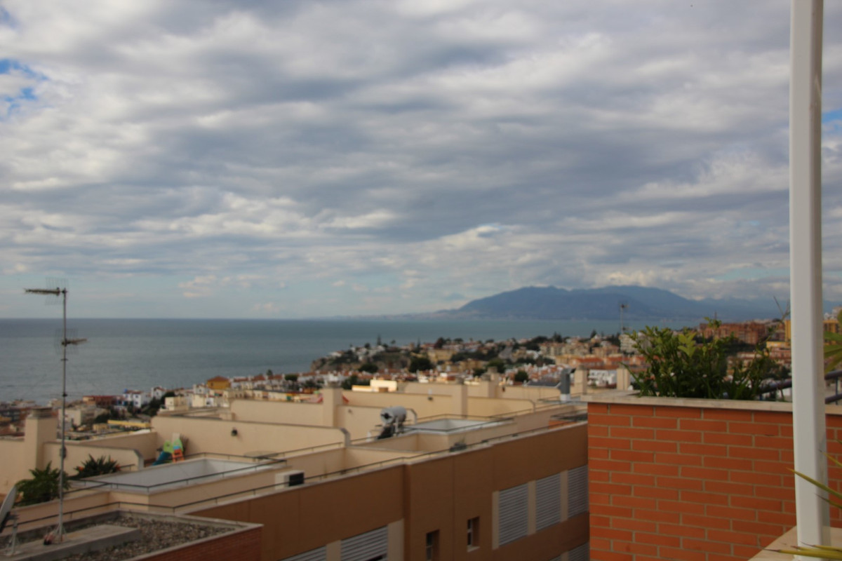 Fantastic penthouse in the Centre of Rincon de la Victoria.  The property has an area of 320 m2 incl, Spain