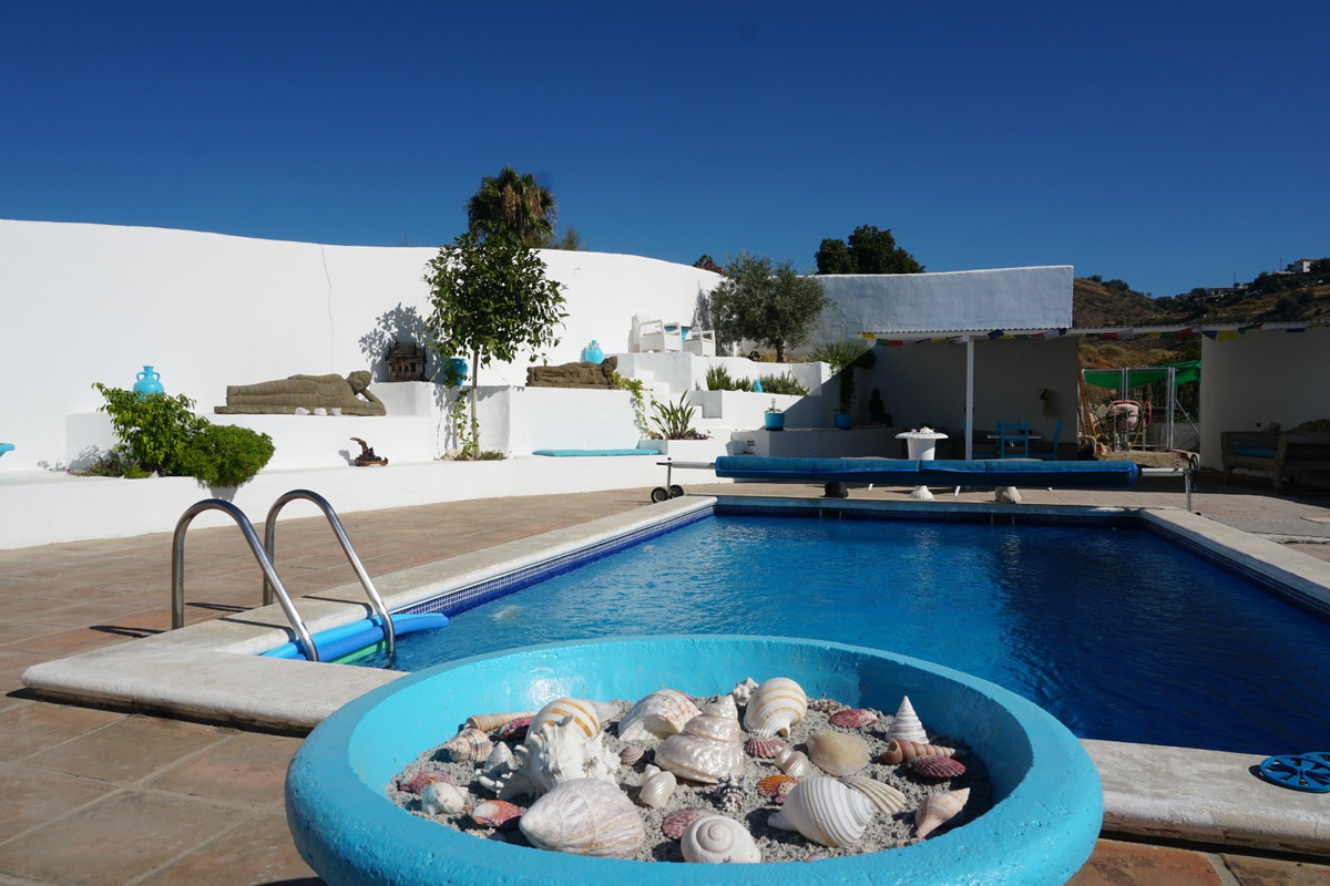 For sale, country-house, Triana ,Malga ,Andalucia   Beautiful country house completely renovated in ,Spain
