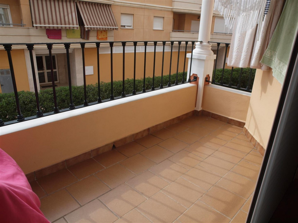 Flat in the Centre of Torrox Costa  Semi-new apartment in the heart of Torrox - Costa.  Consists of , Spain