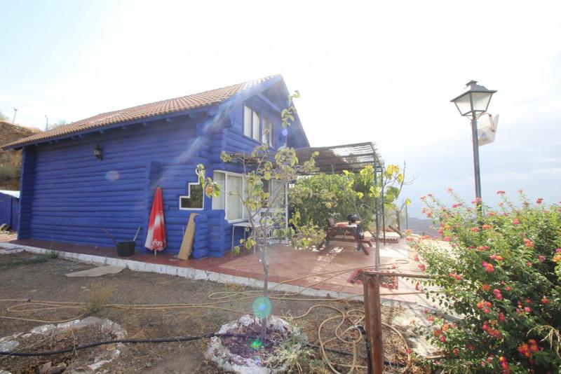 House - Macharaviaya