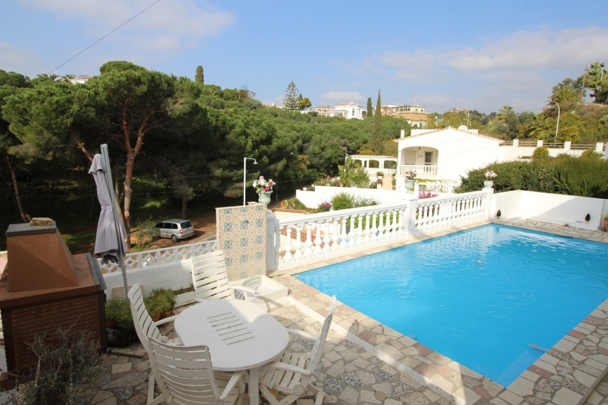 This villa is located in a quiet street on the edge of Baviera golf.  Because of its location on the,Spain