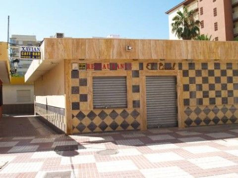 Restaurant in the centre of Torre del Mar,fitted kitchen & fully furnished, licence ready -REDUC,Spain