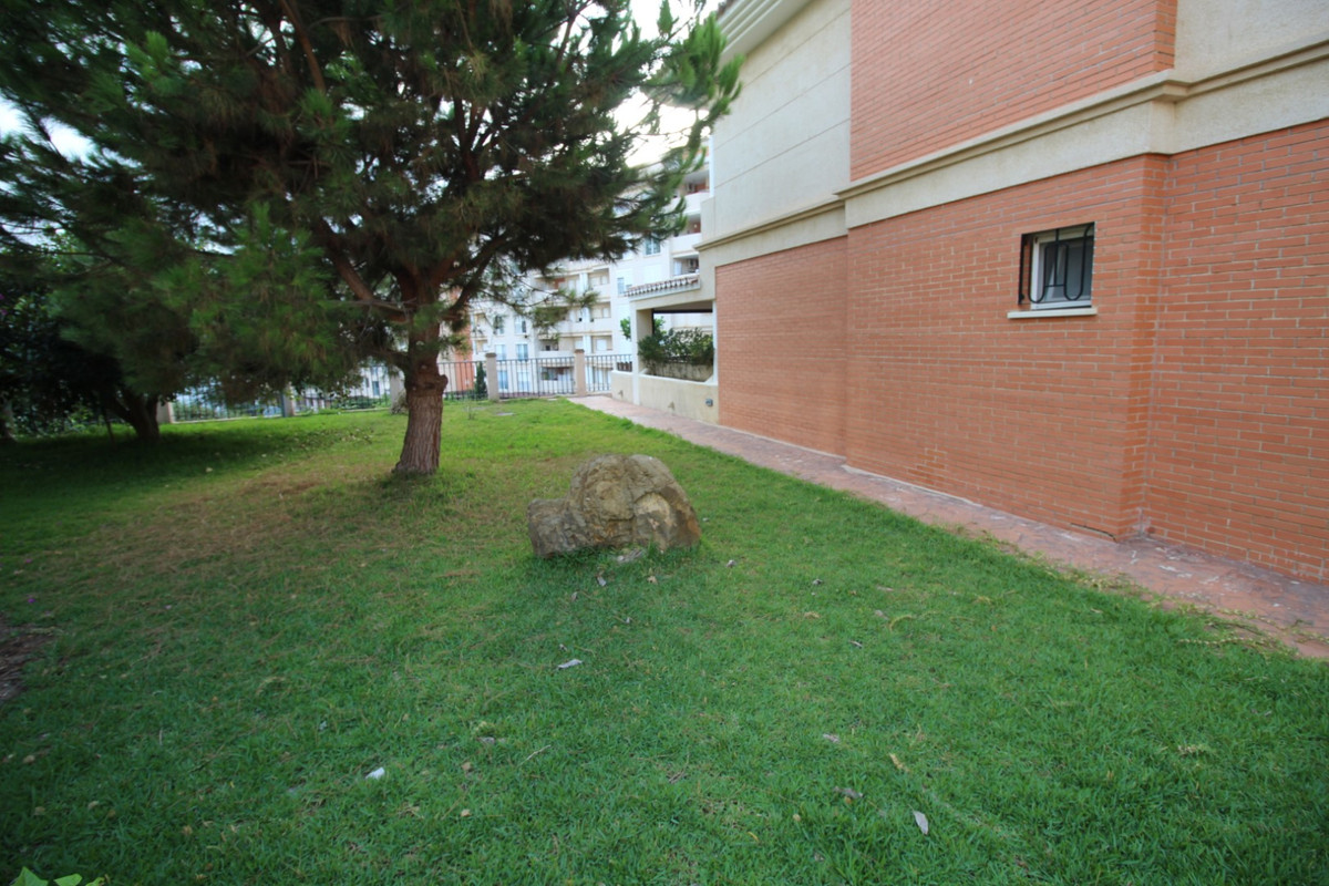 Fantastic three bedroom apartment in Torre del Mar.  The property is located in one of the residenti,Spain