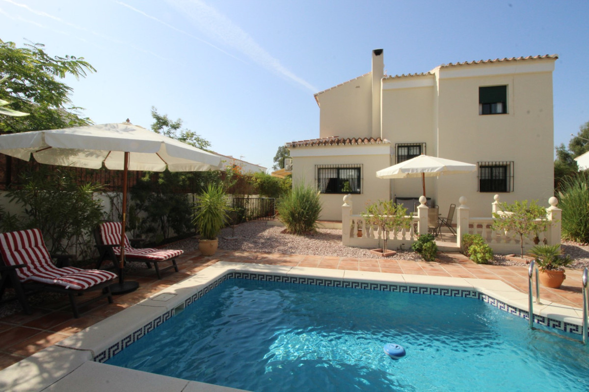 Fantastic Villa in Alcaucin.  The property has a total construction of 131 m2, on a plot of 417 m2. ,Spain