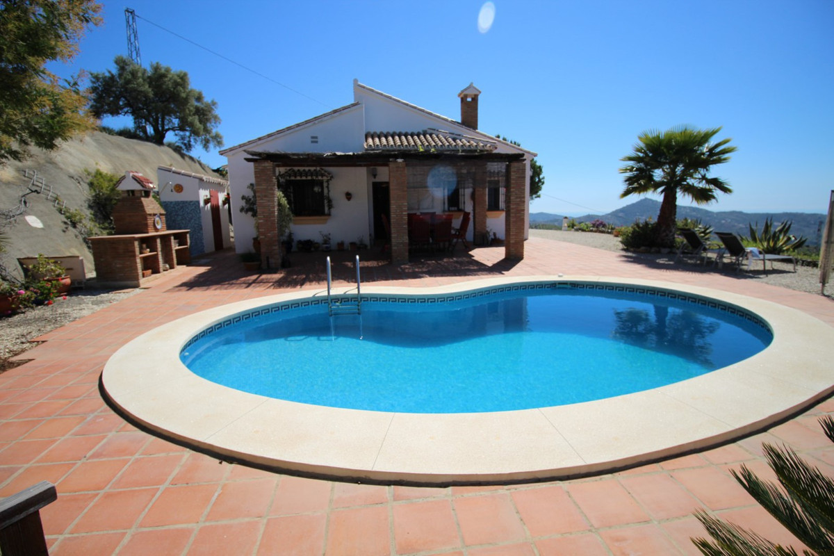 Wonderful Villa in Daimalos/Arenas with panoramic views to the sea and the mountains. This Villa is ,Spain