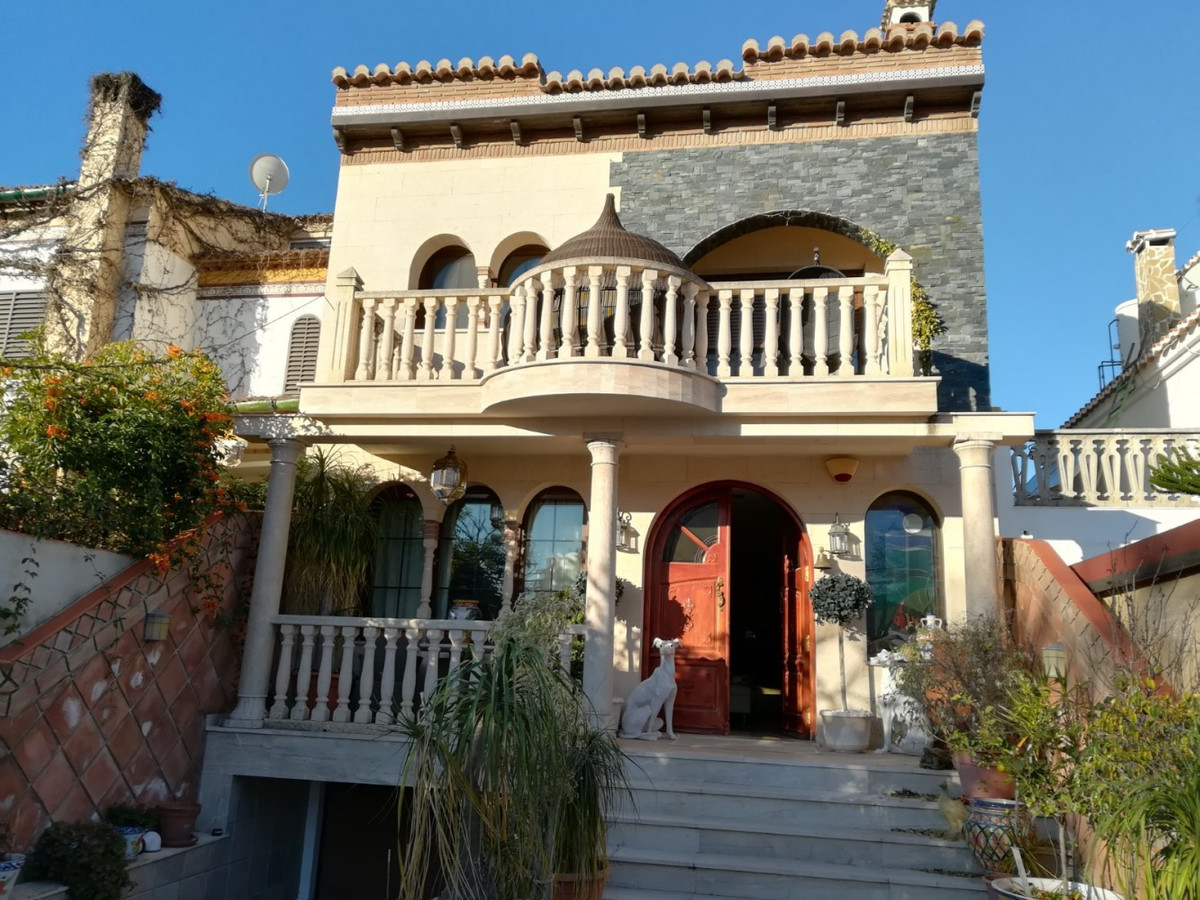 LUXURIOUS VILLA IN VELEZ-MALAGA, DREAM. GREEN HOUSE WITH LOW CONSUMPTION AND OPTIMAL ENERGY EFFICIEN,Spain