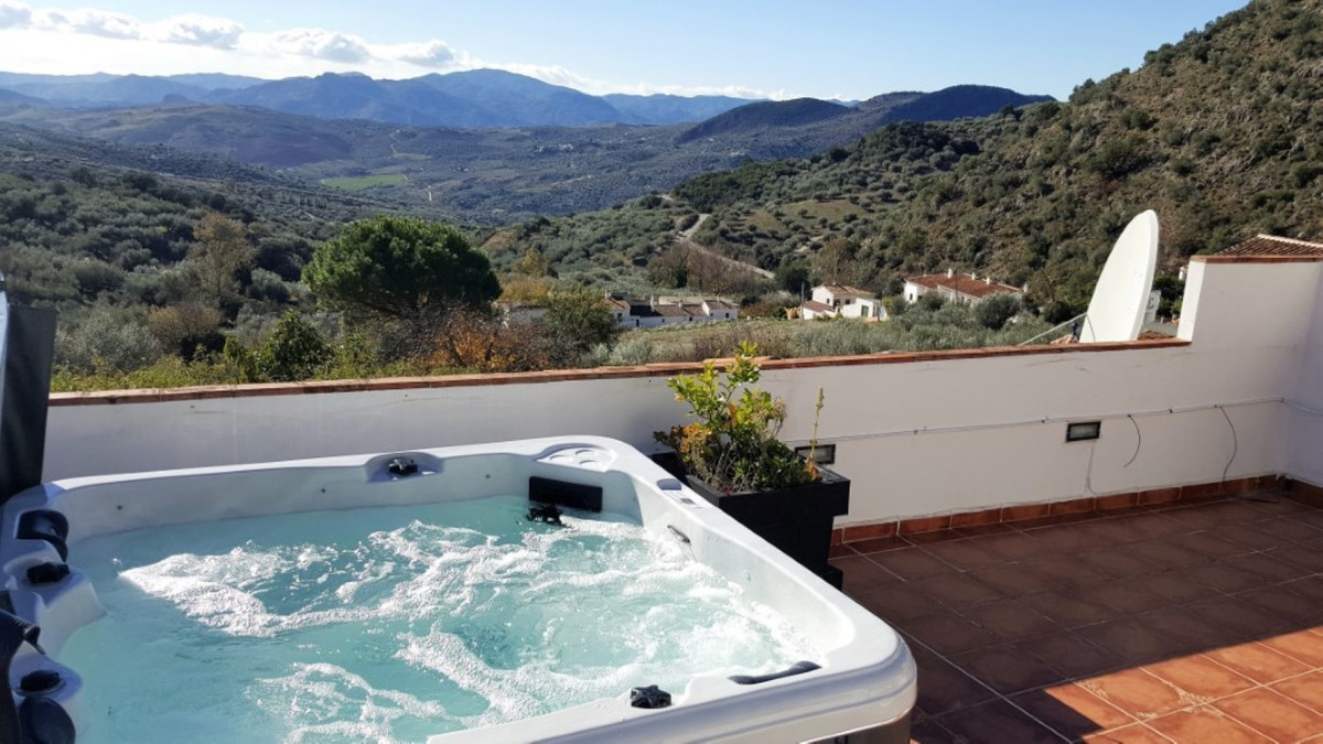 Sale, house, Periana, Malaga, Andalucia  Look no further! This is the absolute opportunity to start ,Spain