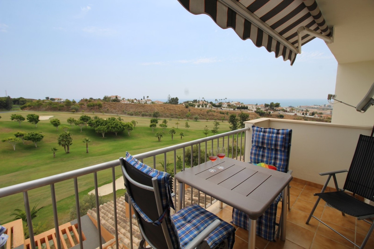 Fantastic three bedroom apartment in Baviera Golf overlooking the sea and the Golf course...  It has, Spain