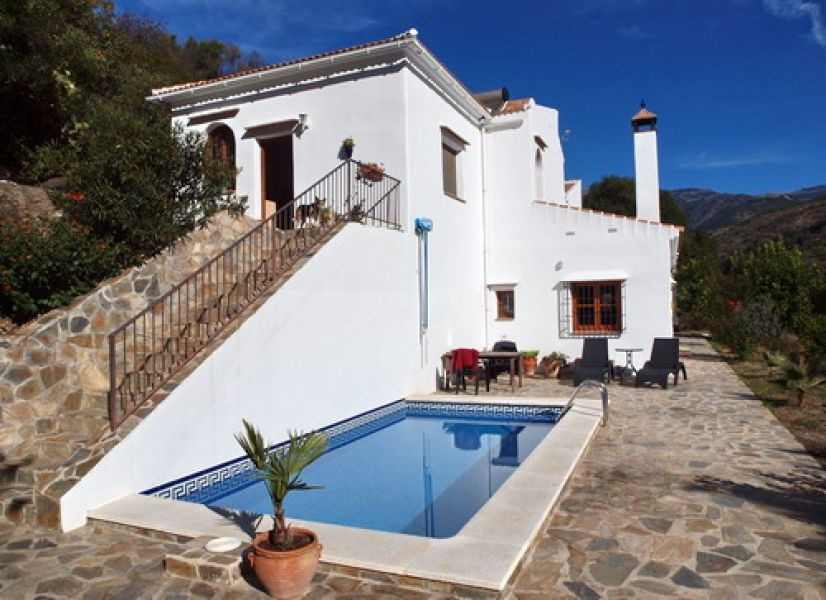 Lovely Country-Villa with magnificent panoramic views, ff kitchen, partly furnished, electro heating, Spain