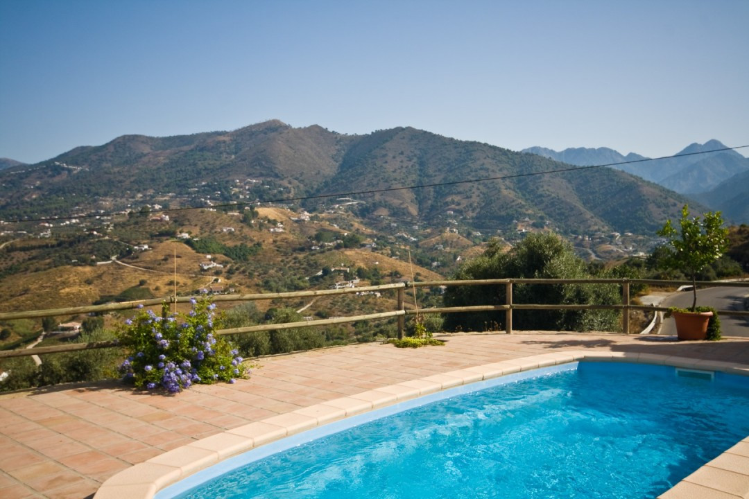 The villa has an excellent access and is located on an elevated level on approx. 8km from Torrox and,Spain