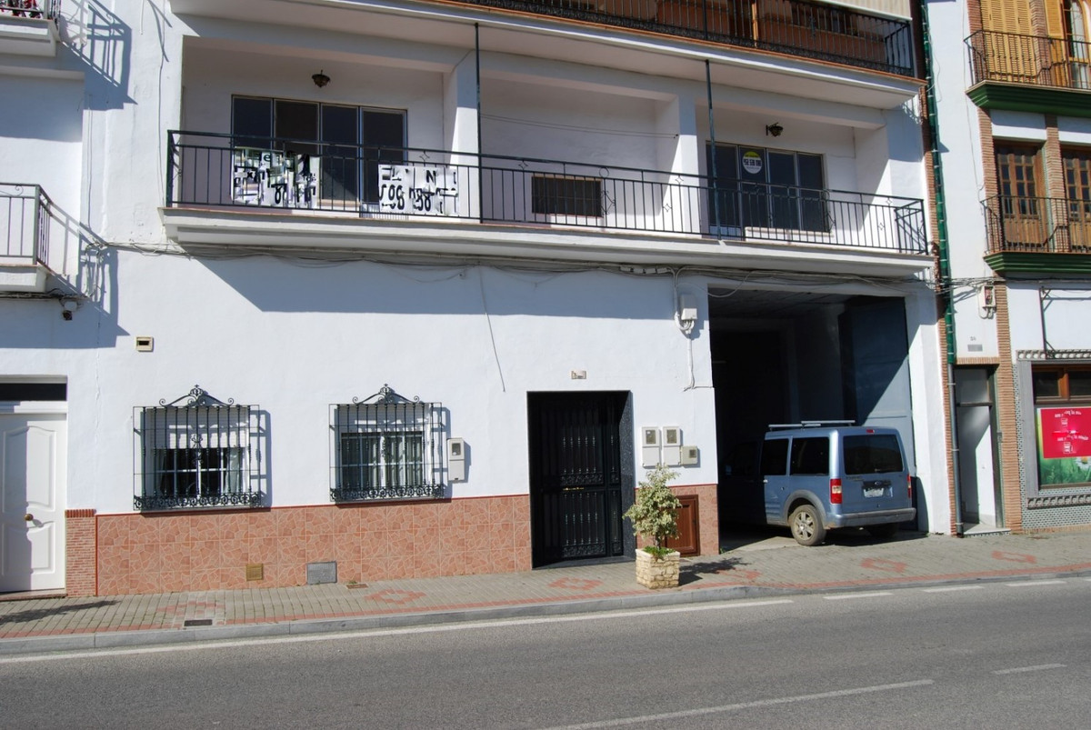 Apartment Torrox  Apartment with large garage This large 2-bedroom apartment needs refreshment / ren,Spain