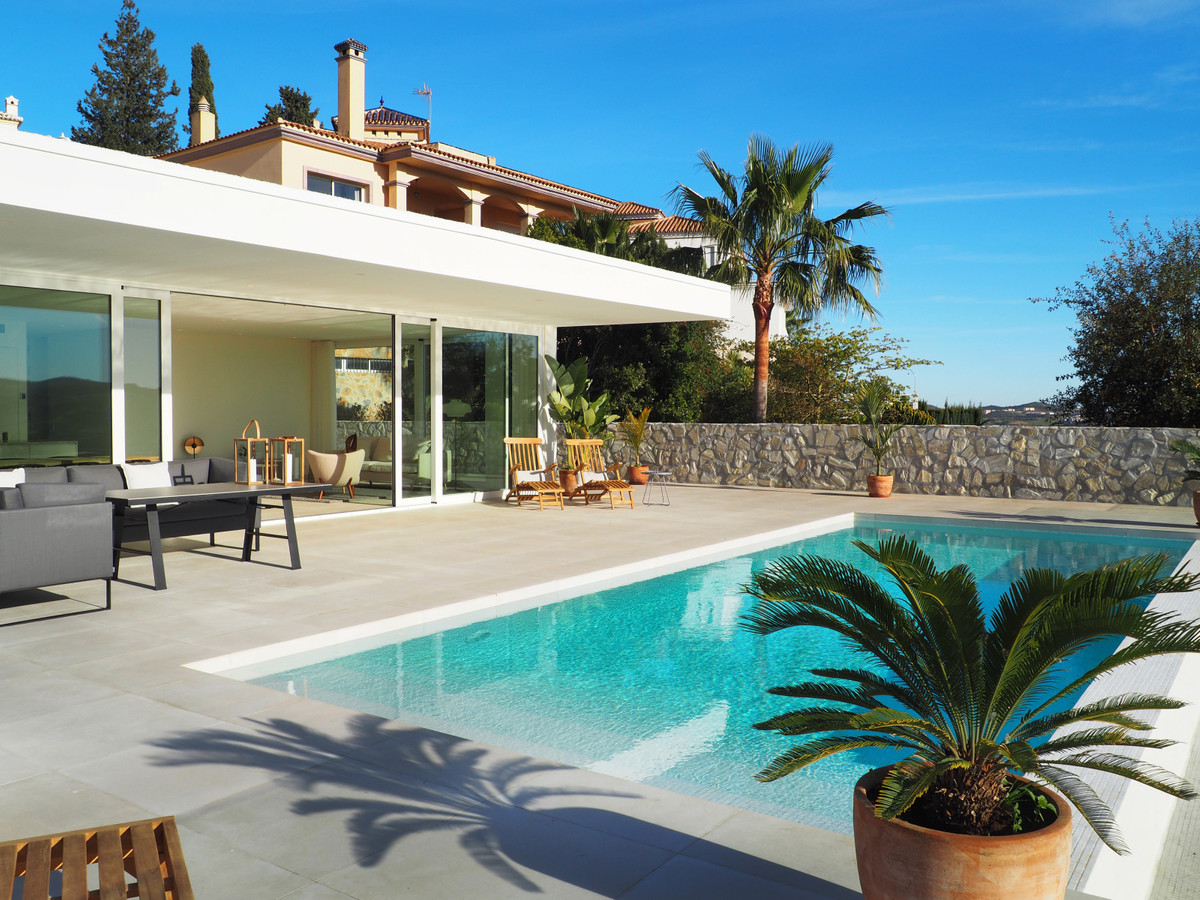 New Development: Prices from € 850,000 to € 895,000. [Beds: 4 - 4] [Baths: 5 - 5] [Built s, Spain