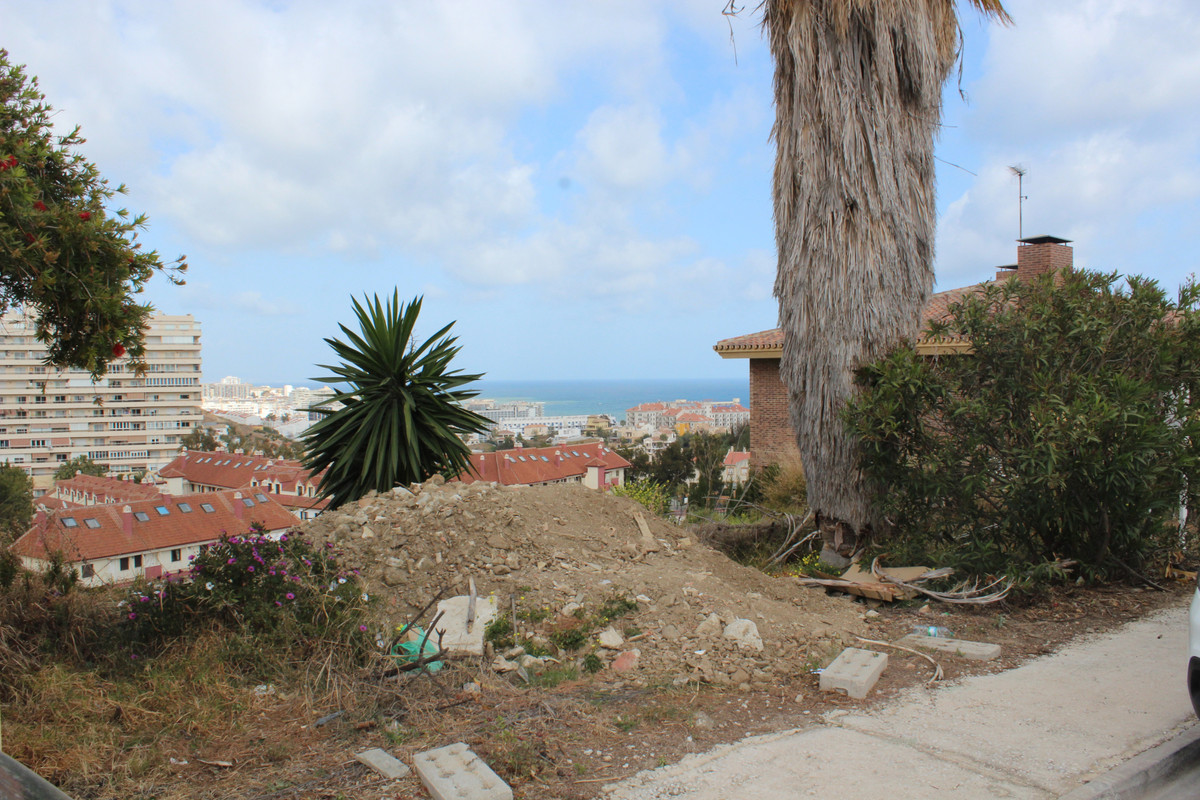 The spectacular 1,356 m2 urban plot for sale is located in one of the most popular areas in Benalmad,Spain