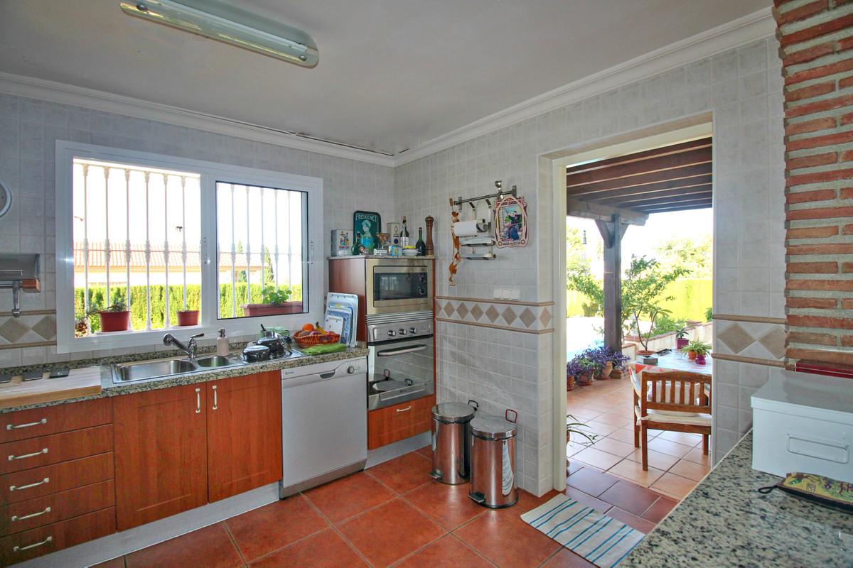 House in Alhaurín de la Torre R3524356 23
