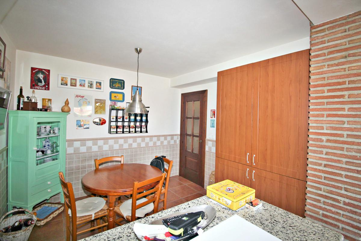 House in Alhaurín de la Torre R3524356 27