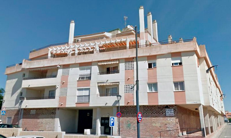 Middle Floor Apartment - Las Lagunas