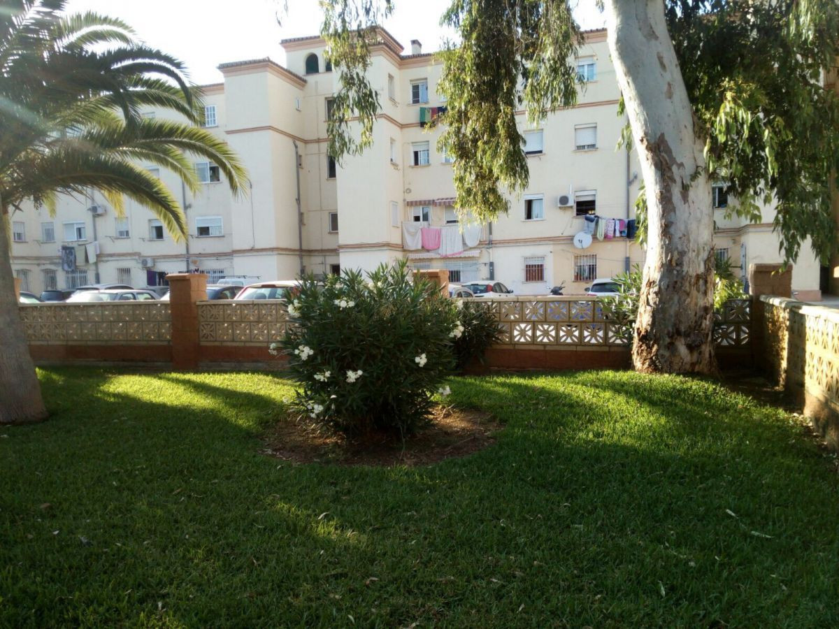 Ground Floor Apartment - Malaga Centro