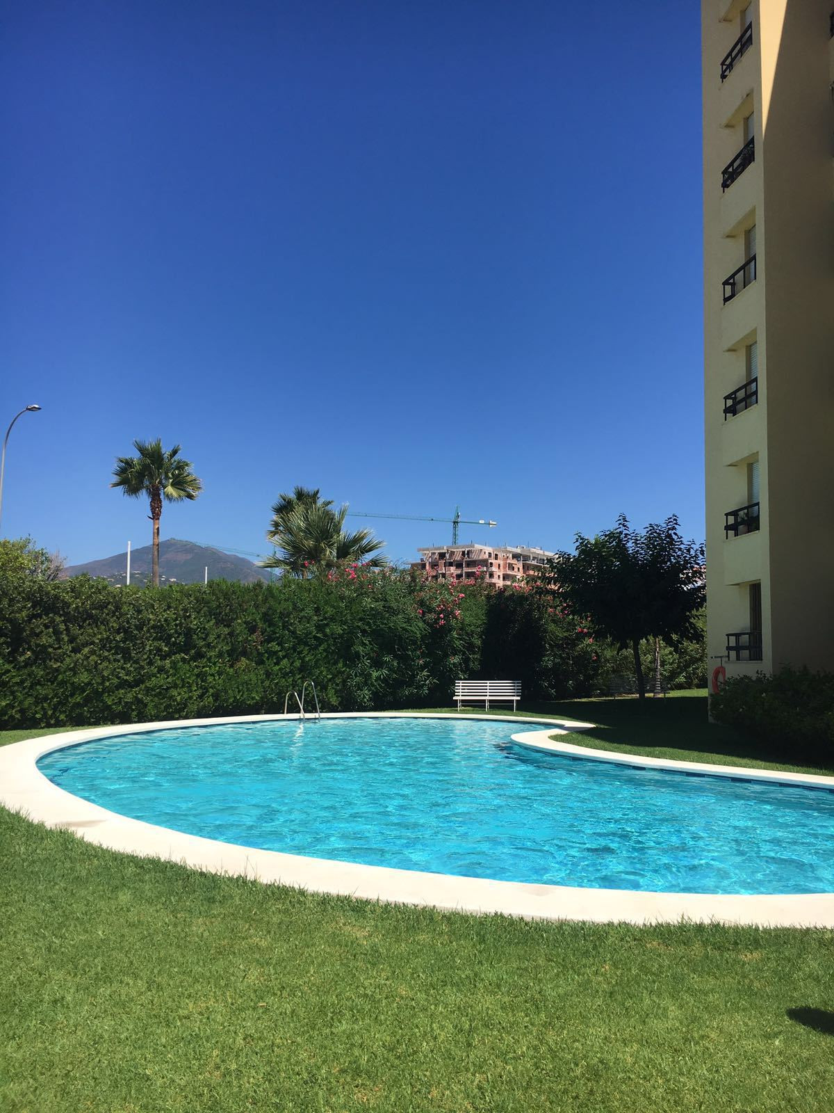 Apartment  Middle Floor 																					for rent 																			 in Nueva Andalucía