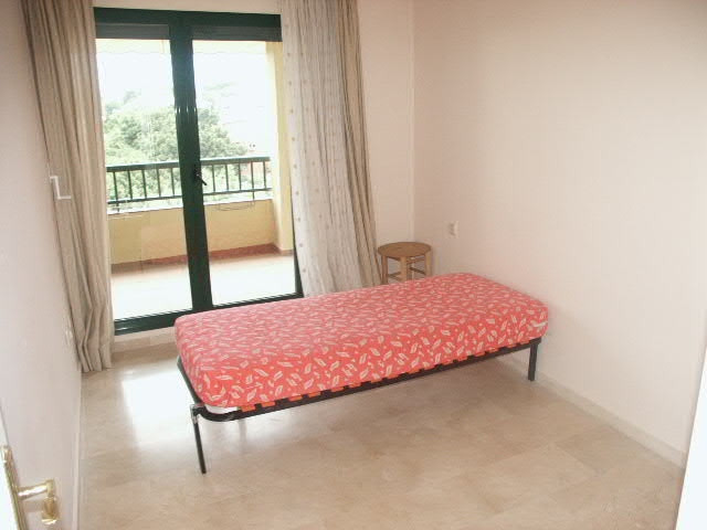Apartment Middle Floor in Torrequebrada, Costa del Sol