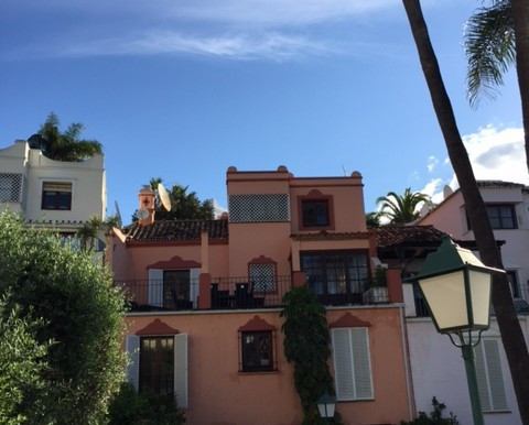 Townhouse  Terraced for sale  and for rent  in Nagüeles